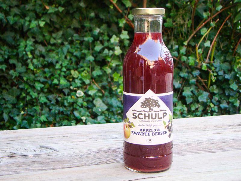 Appel-Zwarte bessensap Schulp (750 ml)