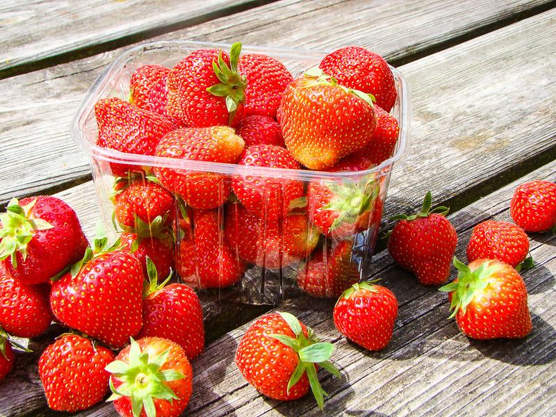 Aardbeien (bak a 400 gram)