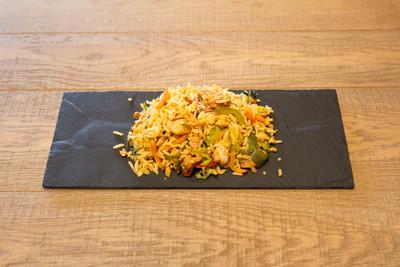 Nasi met Kip (1000 gr)