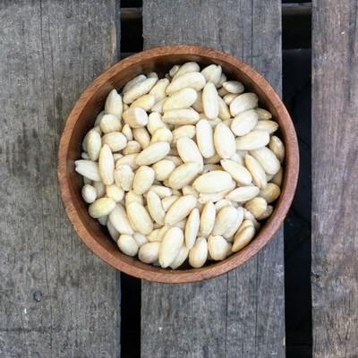Gebrande amandelen zonder vlies gezouten