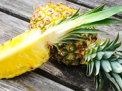 Ananas (per stuk)