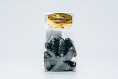 Zilte mosselen van chocolade
